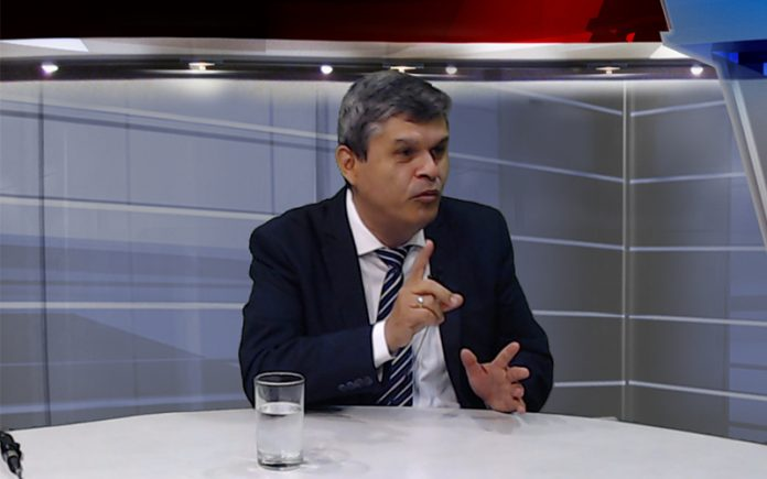 Santiago Gastañadui - Ideeleradio