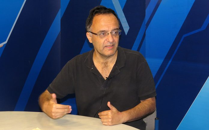 Francisco Belaunde - Ideeleradio